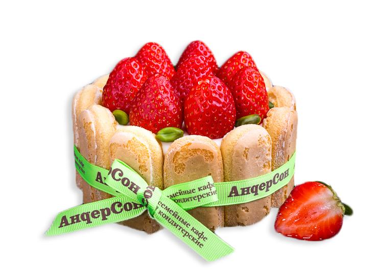 Мини-торт со свежей клубникой